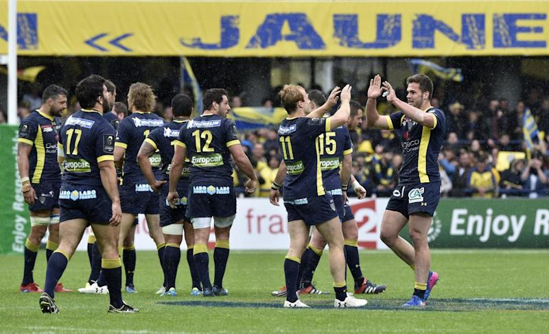 Clermont Auvergne players celebrate after their victory over Toulon (Getty)