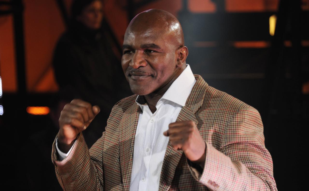 BOREHAMWOOD, UNITED KINGDOM - JANUARY 10: Evander Holyfield is evicted from the Celebrity Big Brother house at Elstree Studios on January 10, 2014 in Borehamwood, England. (Photo by Stuart C. Wilson/Getty Images)
