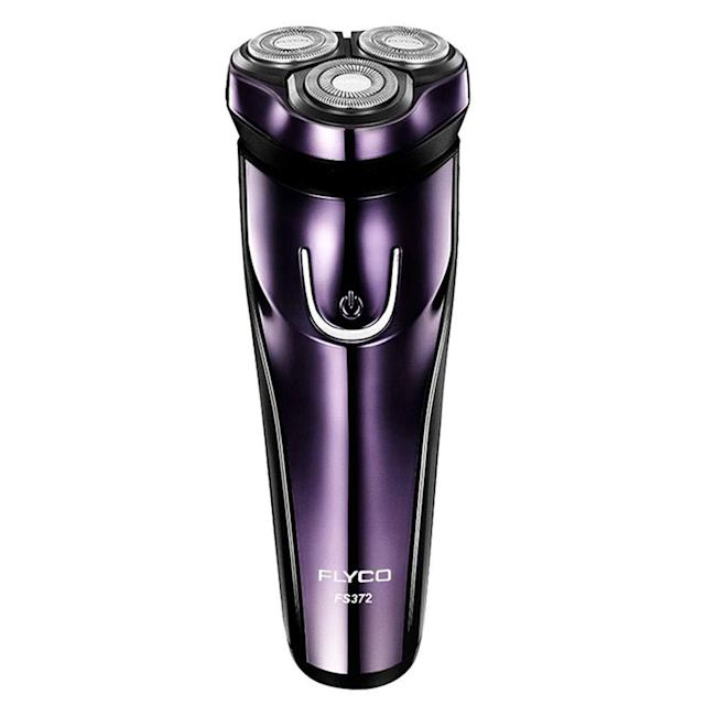This electric shaver also includes a pop-up trimmer. (Photo: Amazon)