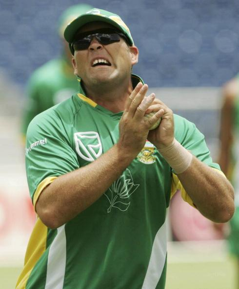 BRIDGETOWN, BARBADOS - APRIL 16:  Jacques Kallis in action during the South Africa practice training session at the Kensington Oval on April 16, 2007 in Bridgetown, Barbados. (Photo by Duif du Toit/ Gallo Images/Getty Images)