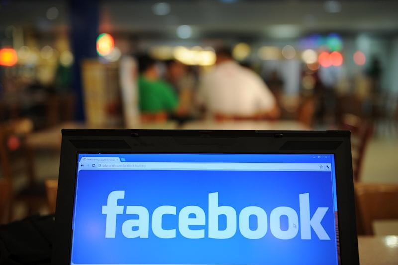 Facebook is still growing in the US market, according to research firm, mainly due to increases in usage by older age groups