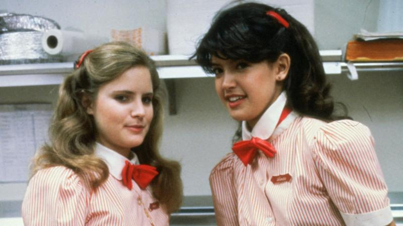 Jennifer Jason Leigh and Phoebe Cates in Fast Times at Ridgemont High (Credit: Universal)