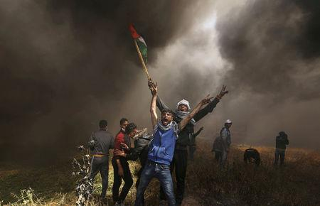 Israeli Fire kills Palestinian at Gaza Border, UN Urges Restraint