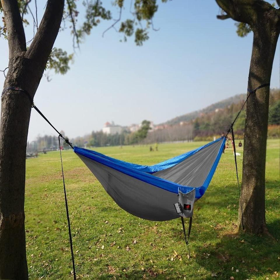 <p>Someone who loves the outdoors needs this <span>Honest Outfitters Single & Double Camping Hammock</span> ($22).</p>