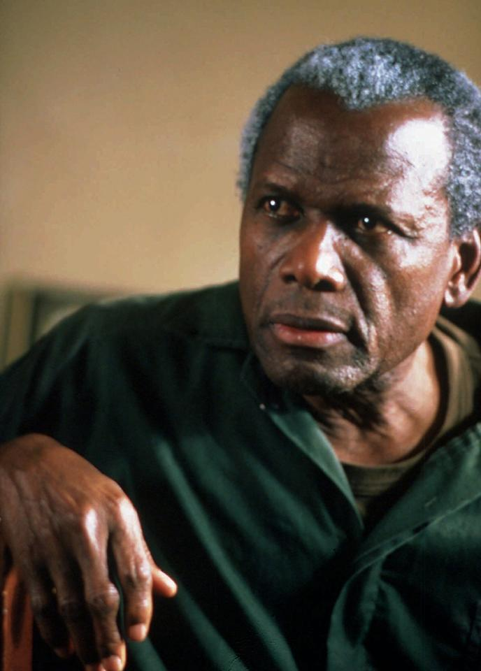 """Sidney Poitier in the role of Nelson Mandela in the Showtime Network's """"One Man, One Vote"""" directed by Joseph Sargent. (AP Photo)"""