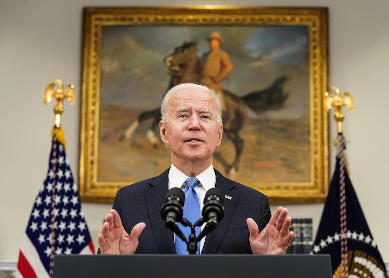 U.S. President Joe Biden delivers remarks on the Colonial Pipeline incident while facing reporters in the Roosevelt Room at the White House in Washington, U.S., May 13, 2021. (Kevin Lamarque/Reuters)