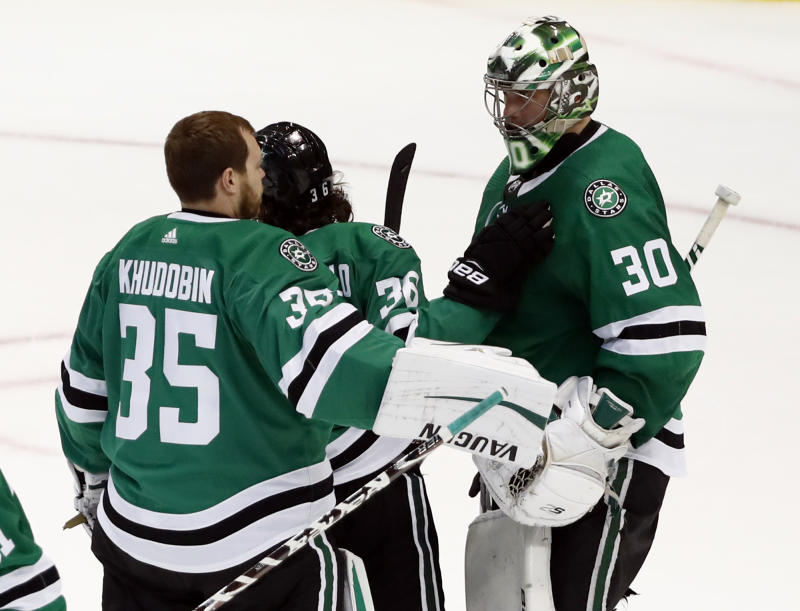 Stars Switch Top Lines And Beat Blues 4 2 To Even Series 2 2