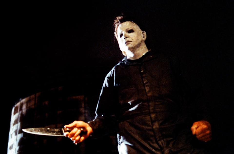 """HALLOWEEN: THE CURSE OF MICHAEL MYERS, George Wilbur (as Michael Myers), 1995. ph: Kent Miles / © Dimension Films/courtesy Everett Collection (image upgraded to 16.5"""" x 11.1"""")"""