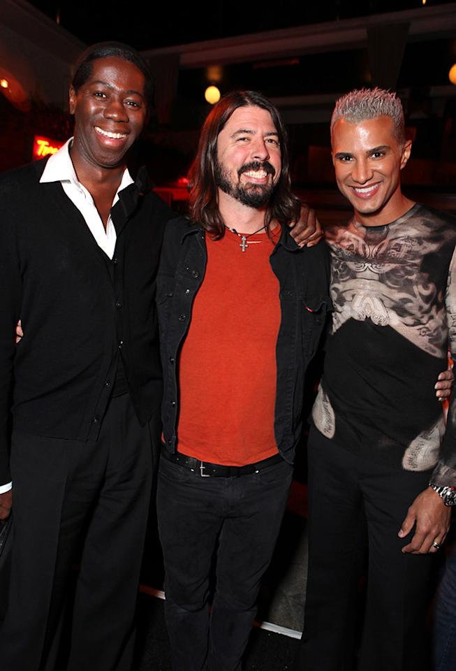"""<a href=""""http://movies.yahoo.com/movie/contributor/1809185443"""">J. Alexander</a>, David Grohl and <a href=""""http://movies.yahoo.com/movie/contributor/1804725965"""">Jay Manuel</a> attend the Los Angeles premiere of <a href=""""http://movies.yahoo.com/movie/1810116445/info"""">Due Date</a> on October 28, 2010."""