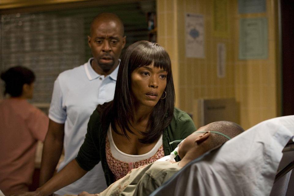 <p>Joining the series in its final season, Angela Bassett entered County General as Cate Banfield, an emergency room attending physician. </p>