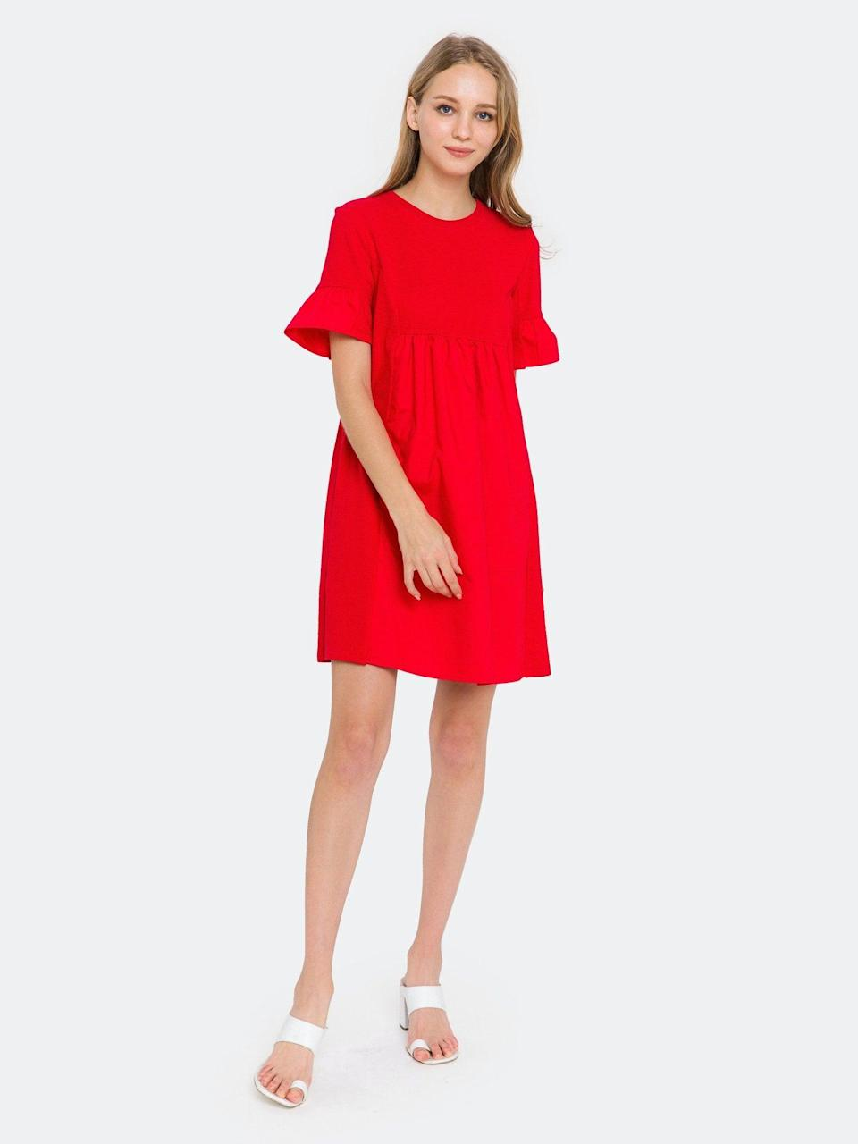 """<h2>Verishop English Factory Solid Mini Dress</h2>This cheerful cotton mini is our Verishop pick thanks to its brilliant vermillion hue. A predominantly-cotton composition always gets our vote — the sturdy fabrication will brighten up Zoom calls, survive weekend excursions, and can be thrown in the washing machine after you've worn it for five days straight.<br><br><strong>English Factory</strong> Solid Mini Dress, $, available at <a href=""""https://go.skimresources.com/?id=30283X879131&url=https%3A%2F%2Fwww.verishop.com%2Fenglish-factory%2Fdresses%2Fsolid-mini-dress%2Fp4472247615511%3Fcolor%3Dred"""" rel=""""nofollow noopener"""" target=""""_blank"""" data-ylk=""""slk:Verishop"""" class=""""link rapid-noclick-resp"""">Verishop</a>"""