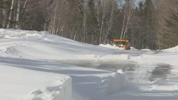 The bodies of the two people who died were found Wednesday, two days after the snowstorm started on the Acadian Peninsula, RCMP said. (Alix Villeneuve/Radio-Canada - image credit)