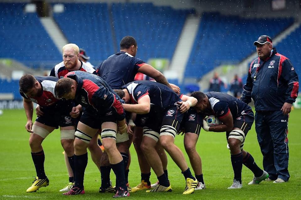 US players practice mauls during the captain's run training session at the Brighton Community Stadium on September 18, 2015 (AFP Photo/Lionel Bonaventure)