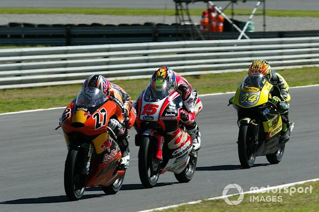"""Casey Stoner 1 victoria con KTM <span class=""""copyright"""">Gold and Goose / Motorsport Images</span>"""