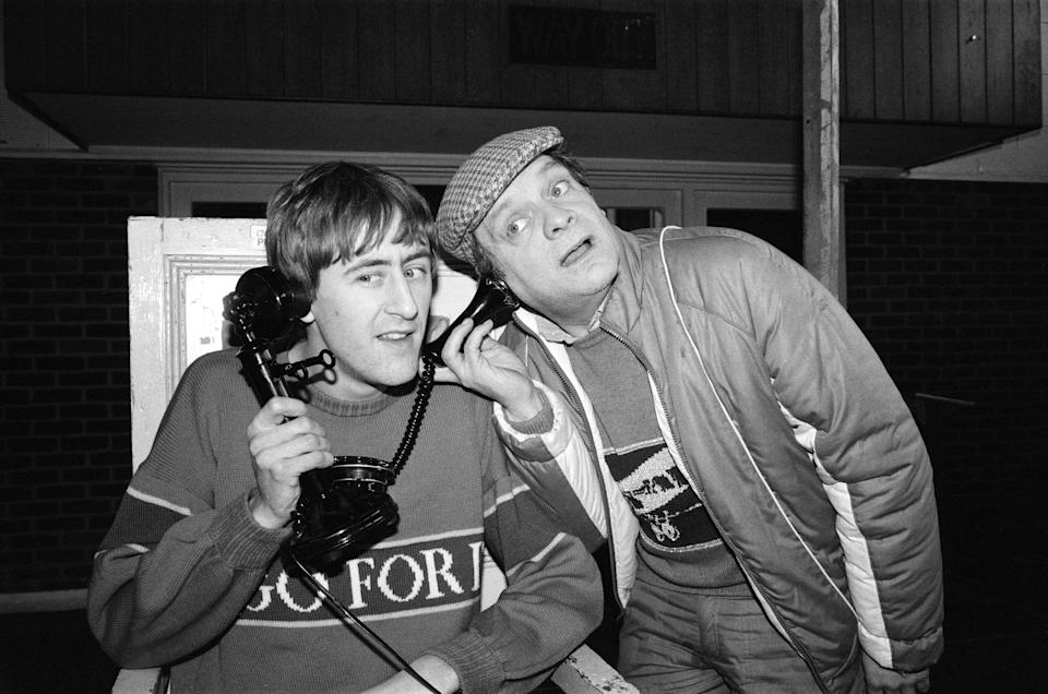 Nicholas Lyndhurst (left) and David Jason who all appear in the BBC TV comedy series 'Only Fools and Horses', 14th February 1985. (Photo by Carl Bruin/Daily Mirror/MirrorpixGetty Images)