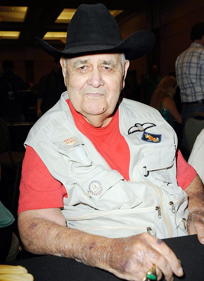 Jonathan Winters participates in The Hollywood Show held at Burbank Airport Marriott Hotel & Convention Center on October 6, 2012 in Burbank, California.