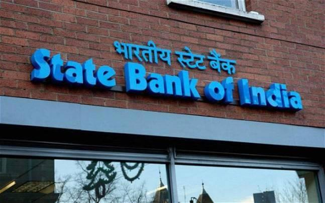 SBI to charge customers Rs 10 after 5 cash withdrawals from its ATMs starting April