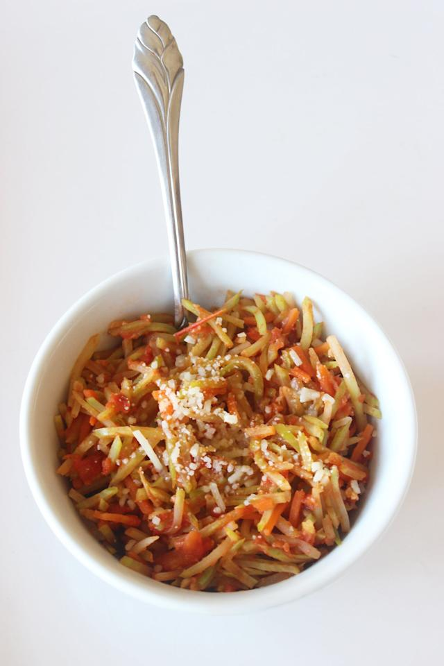 """<p>Broccoli slaw is the star of this genius, low-carb alternative to pasta. This recipe makes one serving, so multiply as needed and store additional servings until ready to serve.</p> <p><strong>Get the recipe:</strong> <a href=""""https://www.popsugar.com/fitness/Hungry-Girl-Broccoli-Slaw-Recipe-18503426"""" class=""""ga-track"""" data-ga-category=""""Related"""" data-ga-label=""""https://www.popsugar.com/fitness/Hungry-Girl-Broccoli-Slaw-Recipe-18503426"""" data-ga-action=""""In-Line Links"""">broccoli slaw pasta</a></p>"""