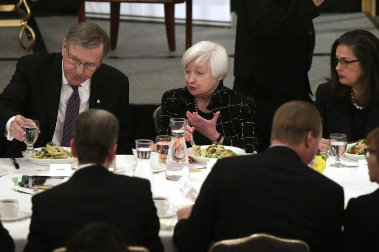 Federal Reserve Board Chairwoman Janet Yellen (C) speaks during a luncheon at the Executives Club of Chicago on March 3, 2017