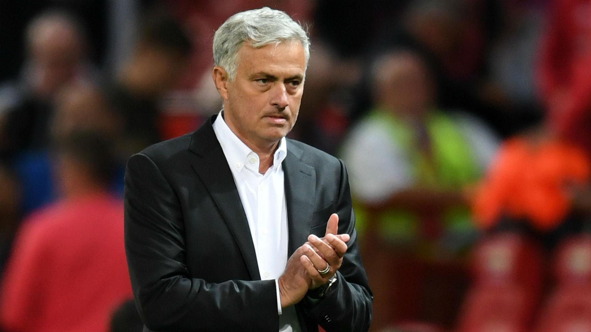 "Mourinho prepared for the ""difficult"" season after transfer problems"
