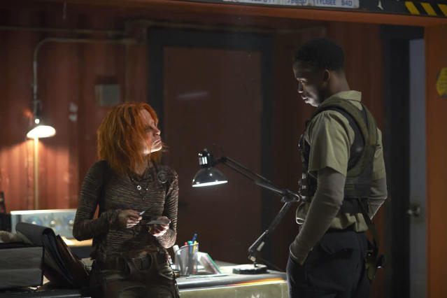"Stephanie Leonidas as Irisa and Dewshane Williams as Tommy in the ""Defiance"" episode, ""Brothers in Arms."""