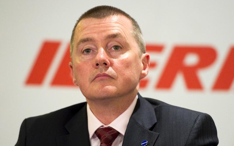 Airline boss Willie Walsh has said he has 'zero' confidence in Heathrow being able to expand without raising passenger charges - Geoff Pugh/Geoff Pugh