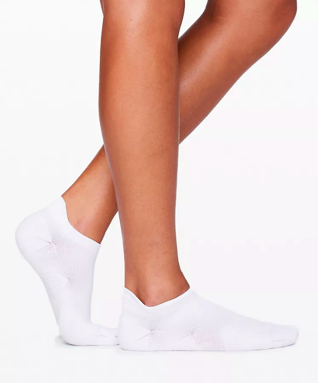 Speed Tab Sock (Photo via Lululemon)