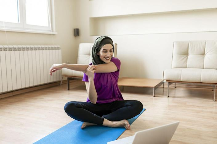 """<p><strong>Best for</strong>: a large offering of live streams</p><p>YogaWorks At Home has on-demand, pre-recorded yoga classes, but its 30+ live classes per day really makes it stand out. In some cases, doing classes live can help keep you more accountable to stay with the pace and concentrate on being present for that 10-60 minutes you are committed to being on the mat. If that's more your jam, YogaWorks is for you. Just note that the live option price is a bit steep at $49 a month. But there's an option to just roll with the on-demand videos at $19 per month.<br></p><p><a class=""""link rapid-noclick-resp"""" href=""""https://go.redirectingat.com?id=74968X1596630&url=https%3A%2F%2Fyogainternational.com%2Fclasses%2F&sref=https%3A%2F%2Fwww.prevention.com%2Ffitness%2Fworkouts%2Fg36651421%2Fbest-online-yoga-classes%2F"""" rel=""""nofollow noopener"""" target=""""_blank"""" data-ylk=""""slk:JOIN NOW"""">JOIN NOW</a></p>"""