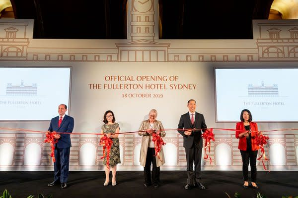 (From left to right) Cavalier Giovanni Viterale, General Manager, The Fullerton Hotels and Resorts; Ms Dorothy Ng, Executive Director, Far East Organization; Ms Sandra Chipchase, CEO of Destination NSW; Mr Daryl Ng, Deputy Chairman, Sino Group and Ms Jeanne Ng, Director, The Fullerton Heritage, officiated at the opening ceremony of The Fullerton Hotel Sydney.