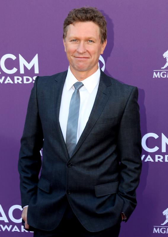 CRAIG MORGAN, Live from the RAM Red Carpet, 47th Annual ACM Awards, Las Vegas, NV