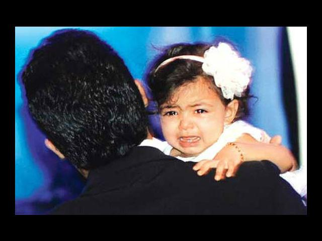 "<h4>Aaradhya Bachchan</h4> <p><a href=""https://ec.yimg.com/ec?url=http%3a%2f%2fwww.mensxp.com%2fentertainment%2fbollywood%2f3491-aishwarya-rais-vogue-journey-.html%26quot%3b%26gt%3bAishwarya%26lt%3b%2fa%26gt%3b&t=1503318605&sig=w3tUUqHmflLECBZDne.1Lw--~D and Abhishek Bachchan's super cute daughter Aaradhya is adorable. And yes, she values her privacy a lot!</p>"