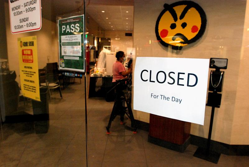 Hawaii sushi chain tied to hepatitis A outbreak tosses food