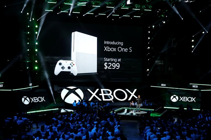 Xbox One Controller Battery Charges Recalled