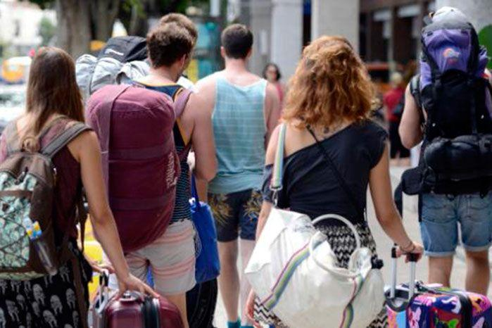Backpackers feel they are being hit hard with the current rate of tax. Image: Yahoo!7