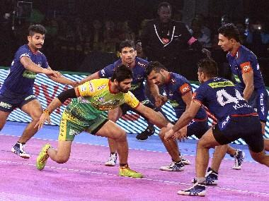 Pro Kabaddi League: Defending champs Patna Pirates struggle to keep pace; Fortunegiants' Sachin Tanwar makes waves