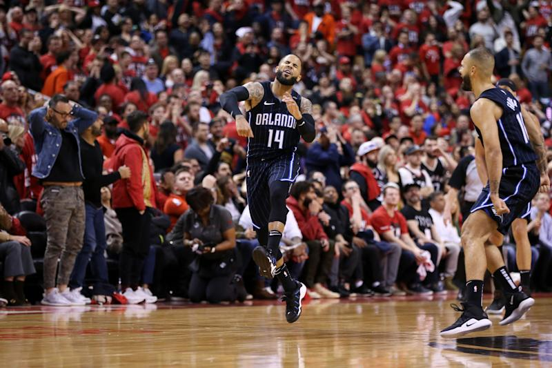 D.J. Augustin celebrates his game-winning 3-pointer Saturday against the Raptors. (Getty Images)