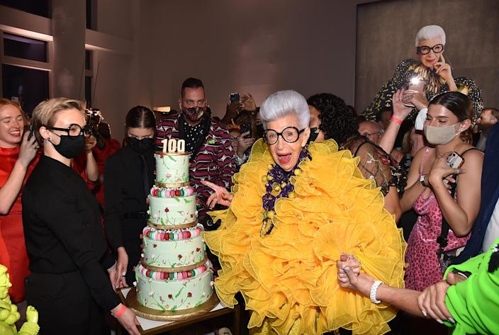 Iris Apfel with her birthday cake at her 100th Birthday Party at Central Park Tower on September 09, 2021. (Patrick McMullan / Patrick McMullan via Getty Image)