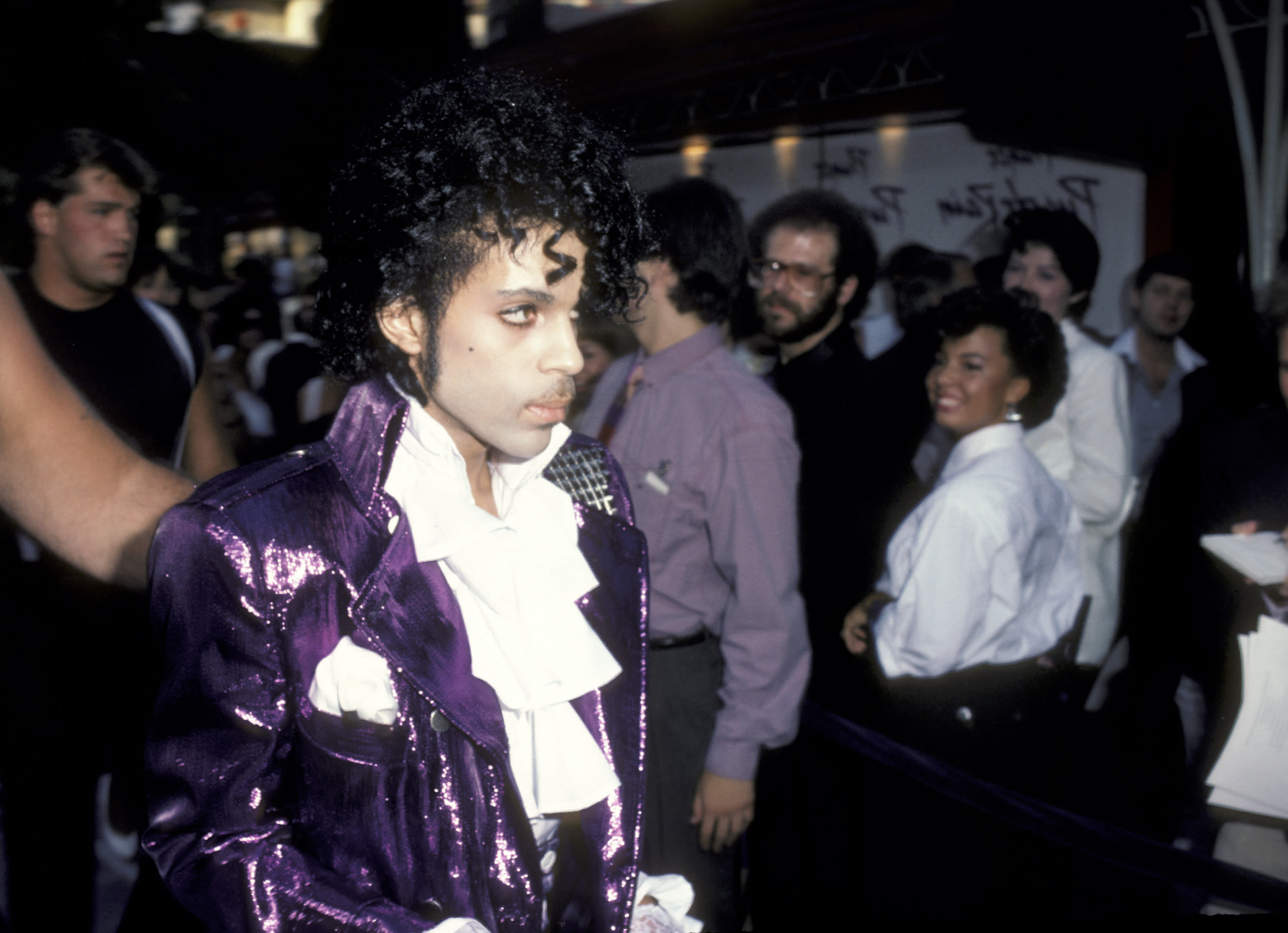 Prince attend the 1984 premiere of 'Purple Rain' at Mann Chinese Theater in Hollywood, Califo. (Photo: Ron Galella, Ltd./Ron Galella Collection via Getty Images)