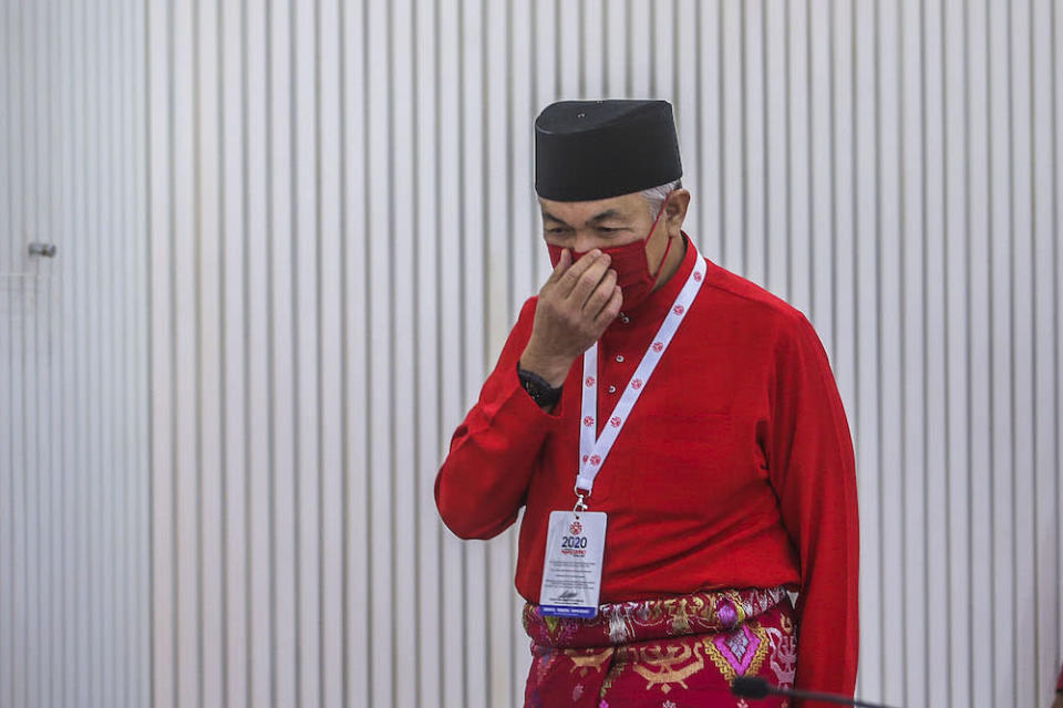 Several sources who are in the know of what happened told Malay Mail that Datuk Ahmad Zahid Hamidi is digging in his heels to withdraw support for PN, leaving him in an even more precarious position than before the meeting started. ― Picture by Hari Anggara