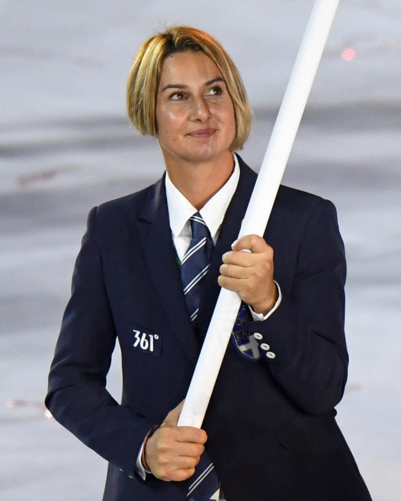Sofia Bekatorou leads her delegation during the opening ceremony of the Rio 2016 Olympic Games.