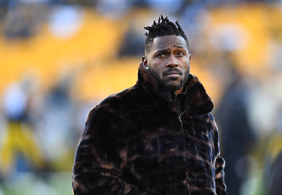Antonio Brown has a long history of being a detriment to teams. (Photo by Joe Sargent/Getty Images)