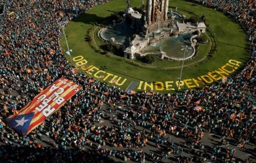 """Rallying under the slogan """"Objective Independence"""", thousands gathered in Barcelona's Plaza Espana, among them families with children, young people and pensioners"""