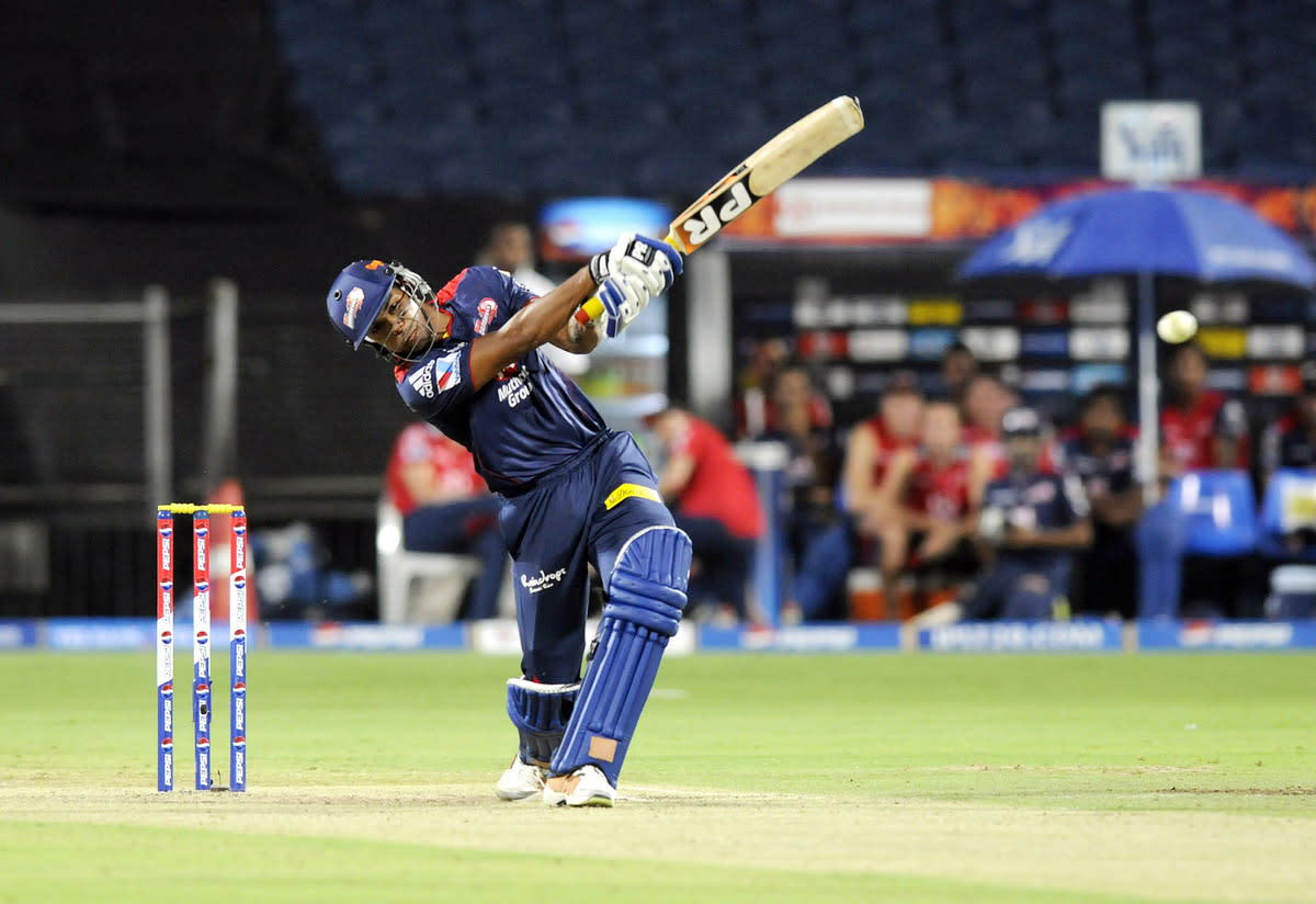 Umesh Yadav of Delhi Daredevils bats during match 71 of the Pepsi Indian Premier League ( IPL) 2013  between The Pune Warriors India and the Delhi Daredevils held at the Subrata Roy Sahara Stadium, Pune on the 19th May 2013. (BCCI)