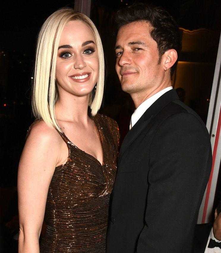 Singer Katy Perry (L) and actor Orlando Bloom attend the 2017 Vanity Fair Oscar Party