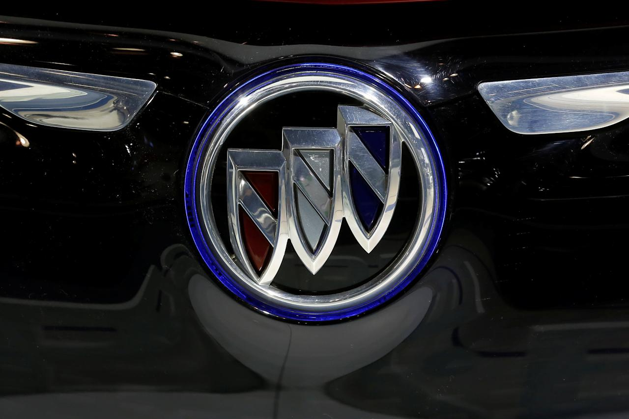 The Buick car manufacturer logo is displayed on an automobile at the IEEV New Energy Vehicles Exhibition in Beijing, China October 18, 2018.  Picture taken October 18, 2018.   REUTERS/Thomas Peter