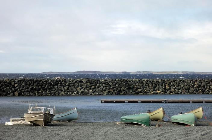 Canoes and boats lying at the waters edge in the Inuit village of Umiujaq, in Nunavik territory, Hudson Bay, Quebec (AFP Photo/Catherine Hours)