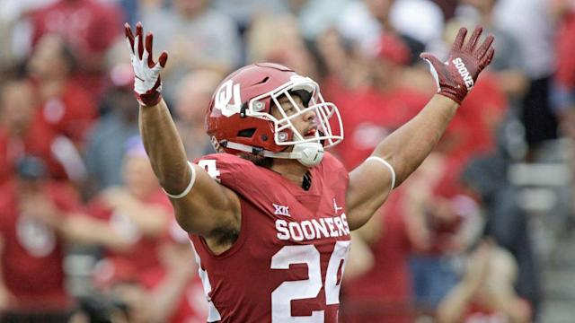 """Oklahoma running back Rodney Anderson announced Thursday night he will enter the 2019 NFL Draft. """"With my degree already in hand and after much discussion with my family, I have chosen to set my sights on the NFL and focus on preparing for the 2019 NFL Draft,"""" Anderson wrote on social media, via the Tulsa [<a href=""""https://profootballtalk.nbcsports.com/2018/11/01/ou-running-back-rodney-anderson-will-enter-2019-draft/"""" rel=""""nofollow noopener"""" target=""""_blank"""" data-ylk=""""slk:more"""" class=""""link rapid-noclick-resp"""">more</a>]"""