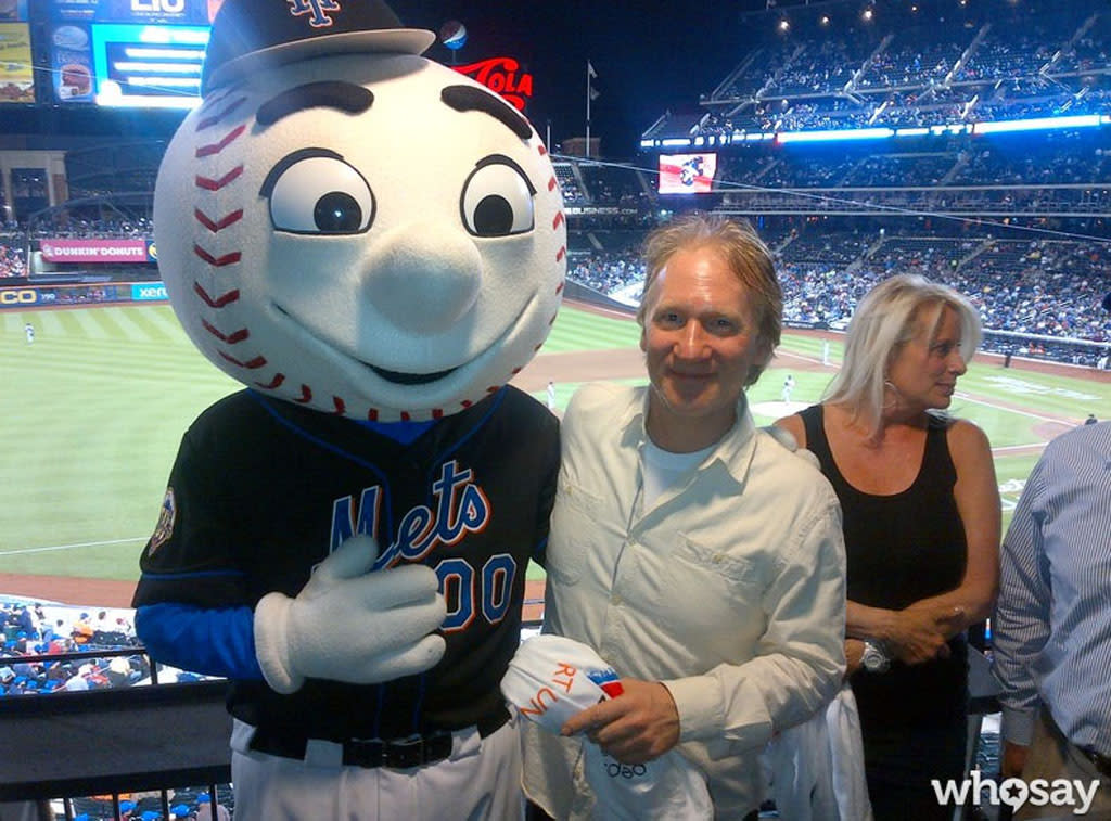 "<i>Meet the Mets. Meet the Mets. Step right up and buy the Mets!</i> OK, so that last part isn't the actual lyric in the team's old fight song, but it fits for Bill Maher! The political pundit and comedian recently announced he bought a minority stake in the New York pro baseball team. On Monday, Mr. Maher met with Mr. Met and posted this pic to <a target=""_blank"" href=""http://www.whosay.com/BillMaher"">his WhoSay page</a>."