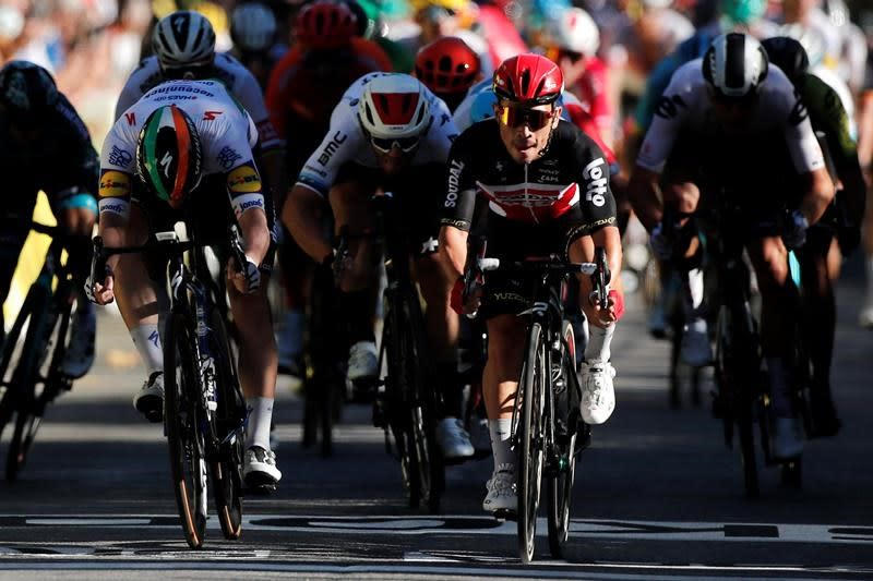 Ewan slaloms to sprint win; Alaphilippe leads Tour de France