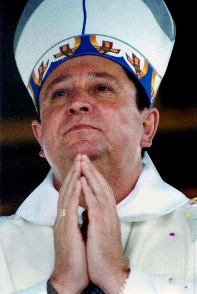 FILE -- In this Oct. 2002 file photo Brazilian Archbishop Joao Braz de Aviz  of Maringa is seen in Ponta Grossa, Brazil. Joao Braz de Aviz  is among the 22 new cardinals named by Pope Benedict XVI Friday, Jan. 6, 2012, including prelates in such key posts as New York and Hong Kong and a large group of Italians holding major Vatican positions. Cardinals are the pope's top advisers, the elite group of churchmen who will eventually elect Benedict's successor. (AP Photo/Henry Milleo, Gazeta Do Povo File)  BRAZIL OUT